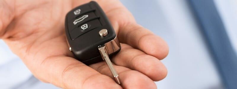 שחזור מפתחות לרכב בנתניה אמיר המנעולן פורץ מנעולים בנתניה 24 7